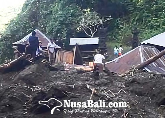 Nusabali.com - pura-manik-mas-di-desa-paksebali-hancur-diterjang-banjir