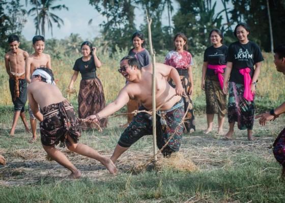 Nusabali.com - permainan-tradisional-megandu-didaftarkan-sebagai-kekayaan-budaya-desa-ole