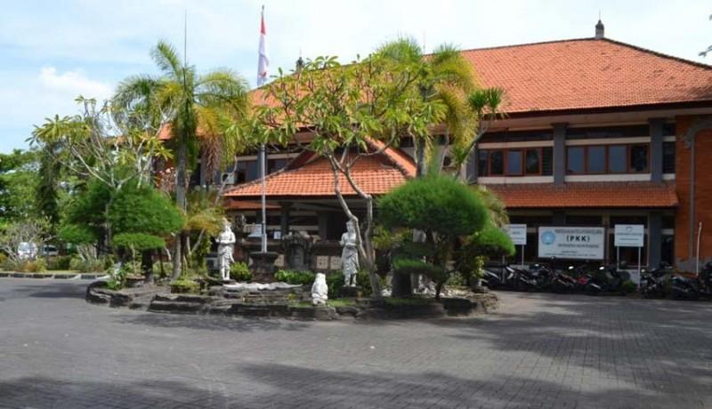 www.nusabali.com-badung-bangun-panggung-pemuda-budaya