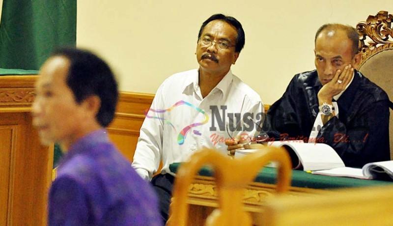 www.nusabali.com-hakim-ancam-mantan-sekwan