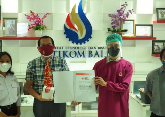 Nusabali.com - sambut-hut-ke-19-itb-stikom-bali-gelar-donor-darah
