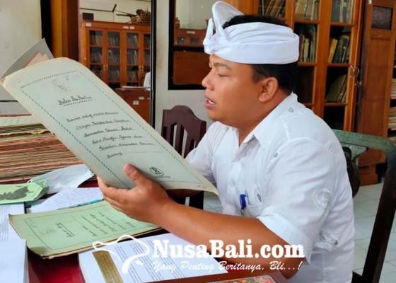 Nusabali.com - ribuan-cakep-lontar-di-gedong-kirtya-dialih-aksara
