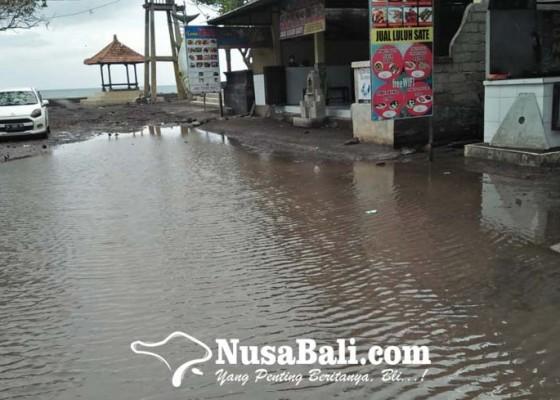 Nusabali.com - wisata-kuliner-pantai-lebih-kebanjiran