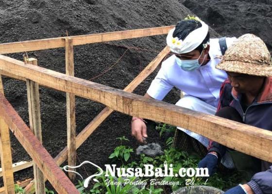 Nusabali.com - sekolah-usia-dini-di-kaki-gunung-agung-ini-mulai-membangun-gedung