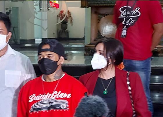 Nusabali.com - jerinx-upayakan-keadilan-restoratif-dengan-adam-deni