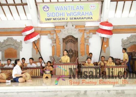 Nusabali.com - sanggar-gita-taruna-smpn-2-semarapura-jadi-wadah-kreativitas-seni-siswa