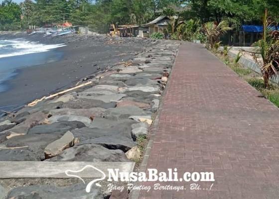 Nusabali.com - tegal-bangsal-tukang-cukai-dan-karang-cina