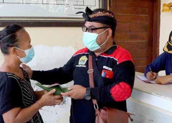 Nusabali.com - usai-vaksinasi-warga-dapat-nasi-bungkus