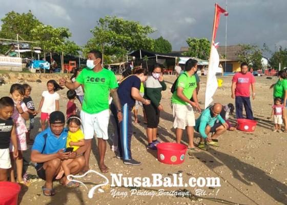 Nusabali.com - sambut-hut-ke-76-ri-tcec-serangan-lepaskan-276-ekor-tukik-penyu-lekang