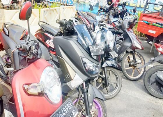 Nusabali.com - terlibat-balapan-liar-1-perempuan-diamankan