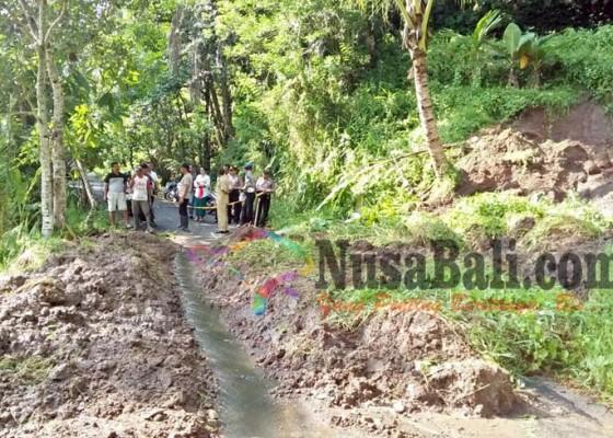 Nusabali.com - jalur-alternatif-batukaru-jatiluwih-tertutup-lumpur