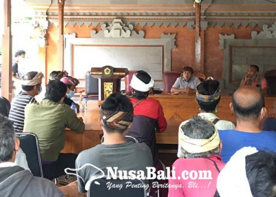 Nusabali.com - kasus-tanah-adat-pakudui-kembali-muncul-krama-pakudui-kangin-datangi-bupati