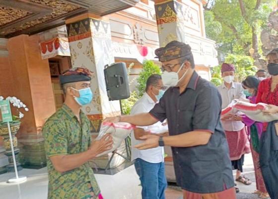 Nusabali.com - walikota-serahkan-sembako-ke-panti-asuhan-dan-lksa