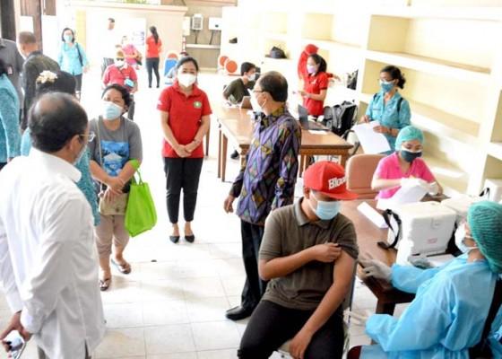 Nusabali.com - usai-vaksinasi-penyandang-disabilitas-diminta-terus-disiplin-prokes