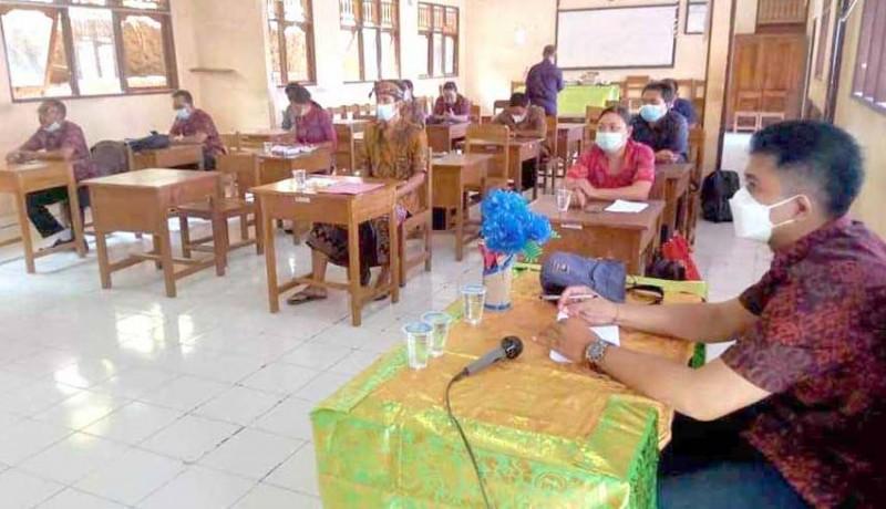 www.nusabali.com-review-kurikulum-rpp-disederhanakan