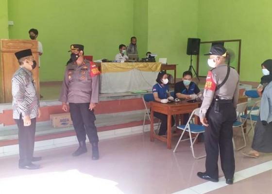 Nusabali.com - pelajar-di-gilimanuk-divaksin-dosis-ii