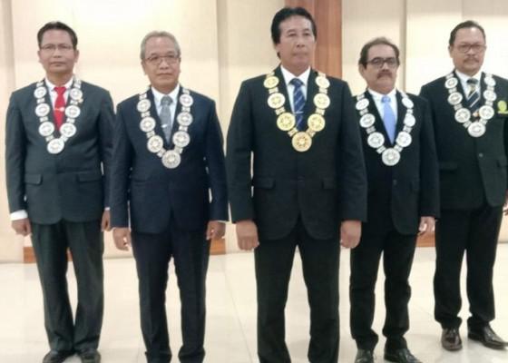 Nusabali.com - ombudsman-bali-harapkan-rektor-unud-yang-baru-tidak-anti-kritik