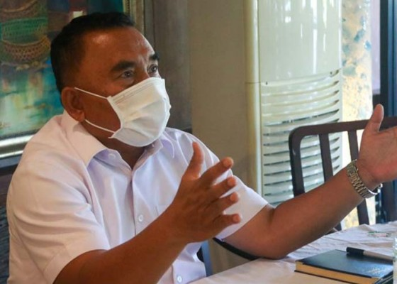 Nusabali.com - bupati-minta-tata-pelabuhan-senyaman-bandara