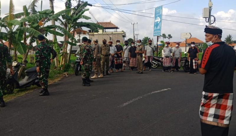 www.nusabali.com-banyu-pinaruh-petugas-gabungan-awasi-sejumlah-pantai