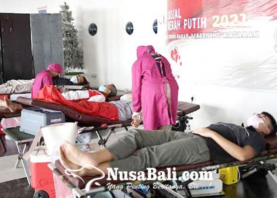 Nusabali.com - club-motor-gelar-aksi-sosial-khitanan-massal-hingga-donor-darah