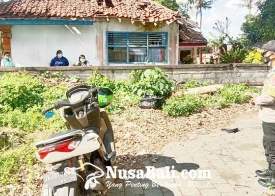 Nusabali.com - dua-printer-sekolah-ditemukan-terbuang-dan-dalam-kondisi-rusak