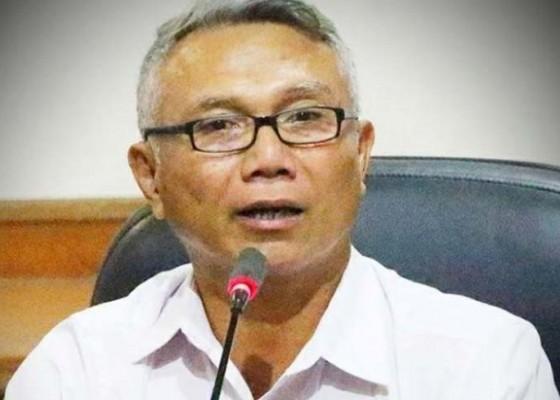 Nusabali.com - dinsos-denpasar-salurkan-sembako-ke-warga-jalani-isoman