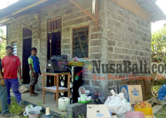 Nusabali.com - warga-tergusur-keluhkan-bantuan-rumah