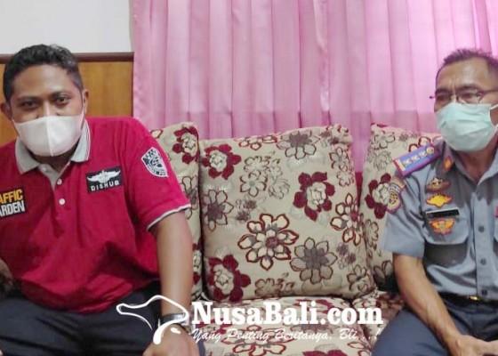 Nusabali.com - perbaiki-pju-dishub-perlu-skylift