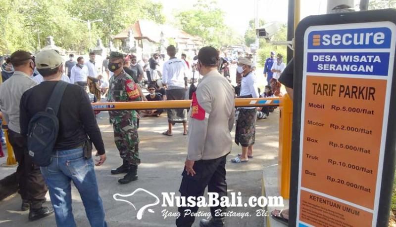 www.nusabali.com-warga-serangan-protes-portal-retribusi-parkir
