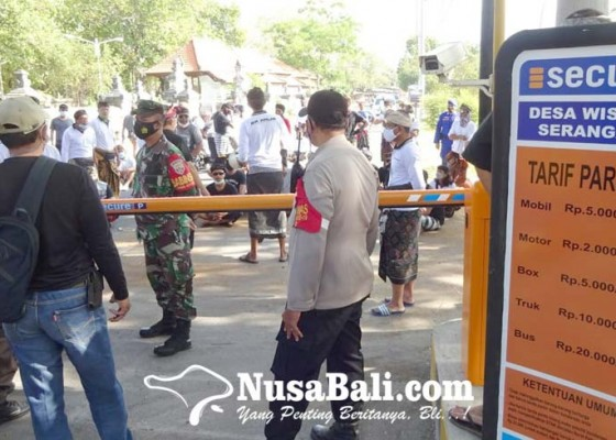 Nusabali.com - warga-serangan-protes-portal-retribusi-parkir