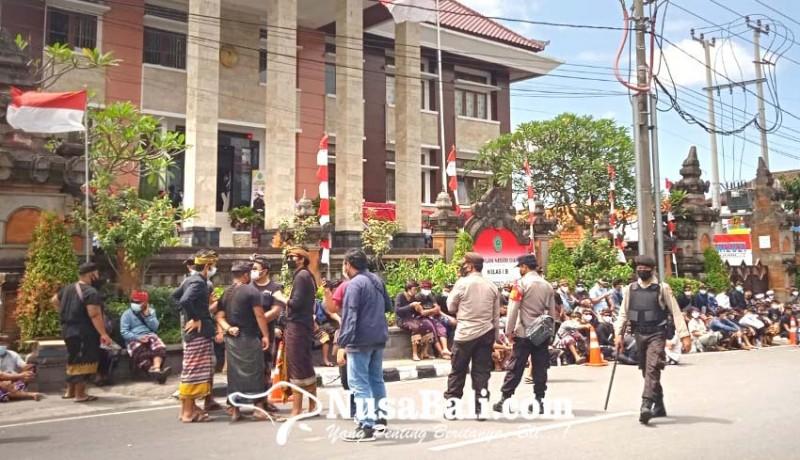www.nusabali.com-lagi-krama-guwang-padati-pn-gianyar