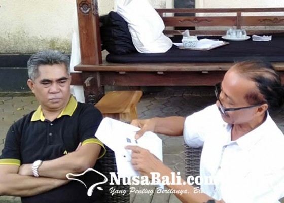 Nusabali.com - zaenal-tayeb-ditahan-setelah-diperiksa-9-jam