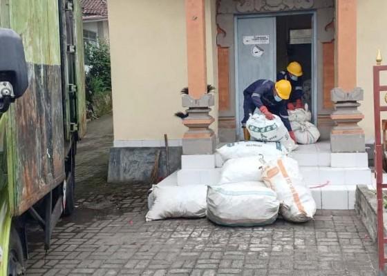 Nusabali.com - dinas-kesehatan-musnahkan-34-ton-obat-kedaluarsa