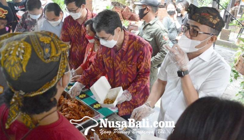 www.nusabali.com-yayasan-bina-ilmu-bali-bantu-bahan-pangan-ke-dapur-gotong-royong