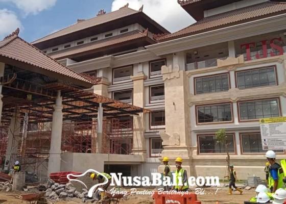 Nusabali.com - pasar-gianyar-dipasangi-panel-surya