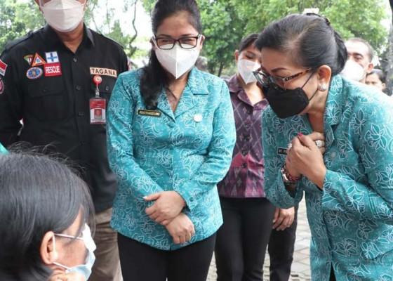 Nusabali.com - percepat-vaksinasi-disabilitas-putri-koster-terjun-ke-tabanan