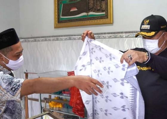 Nusabali.com - diwariskan-keluarga-sejak-1940-an-tetap-pertahankan-motif-khas-melayu