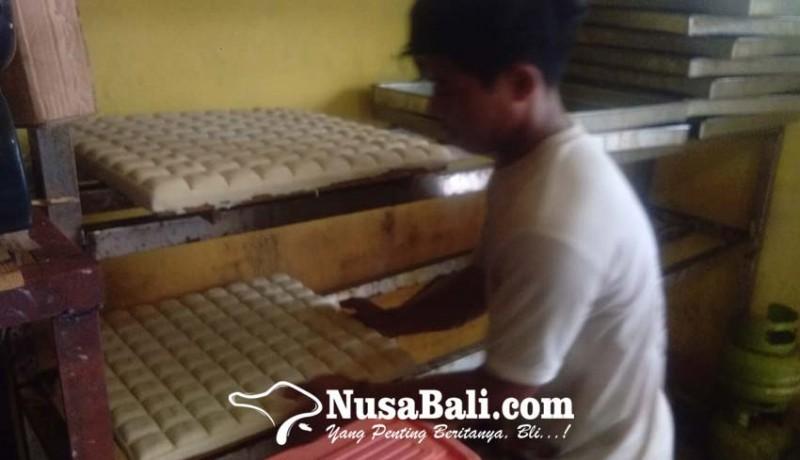 www.nusabali.com-inspiratif-pemuda-19-tahun-hasilkan-cuan-dari-jualan-tahu-bandung