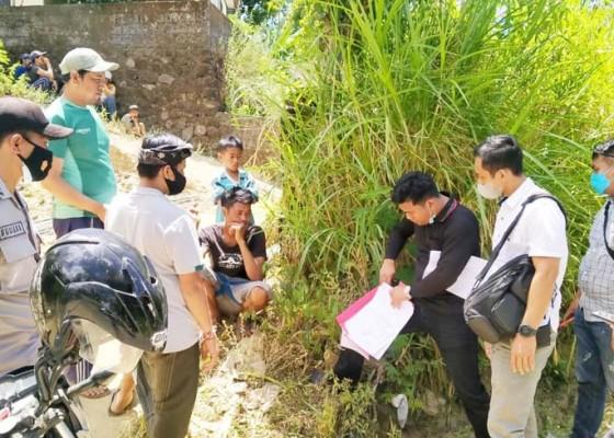 Nusabali.com - material-proyek-desa-subaya-digondol-maling