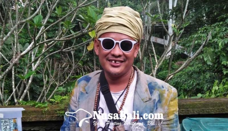 www.nusabali.com-pandi-seniman-nyentrik-asal-ubud-biar-buduh-yang-penting-seger