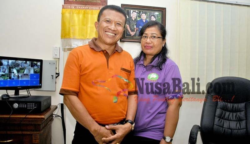 www.nusabali.com-istri-gantikan-suami-jadi-lurah-sesetan