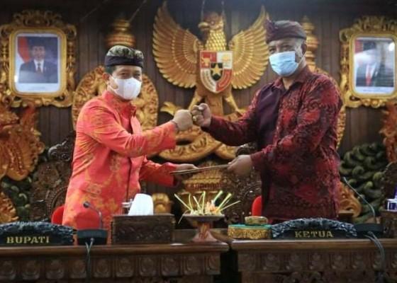 Nusabali.com - pemkab-dan-dprd-klungkung-sahkan-kua-ppas-apbd-2021