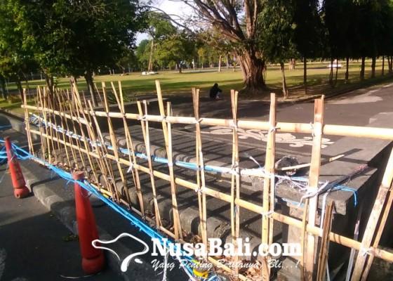 Nusabali.com - fasilitas-lapangan-masih-ditutup-tunggu-turun-ke-ppkm-level-3