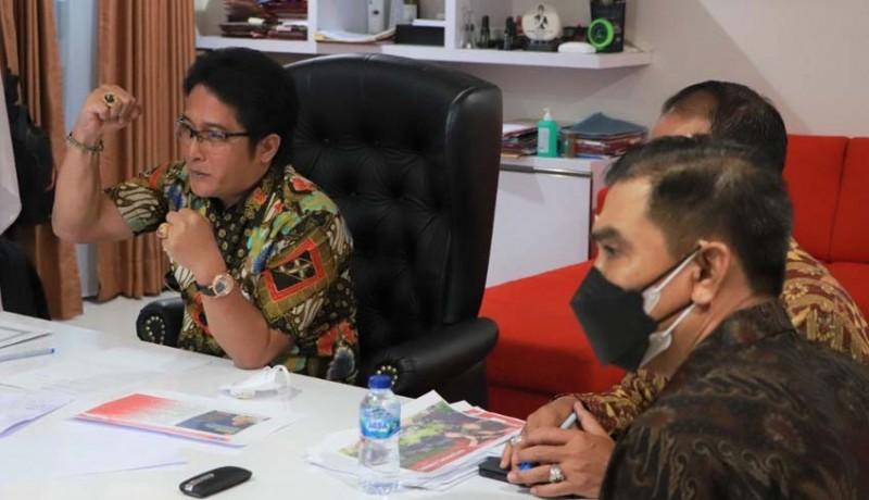 www.nusabali.com-bupati-giri-prasta-paparkan-perkembangan-umk-di-badung