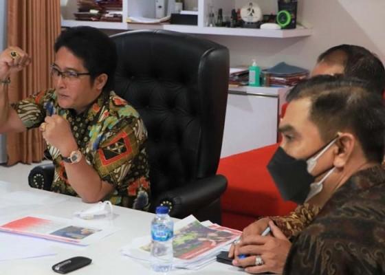 Nusabali.com - bupati-giri-prasta-paparkan-perkembangan-umk-di-badung