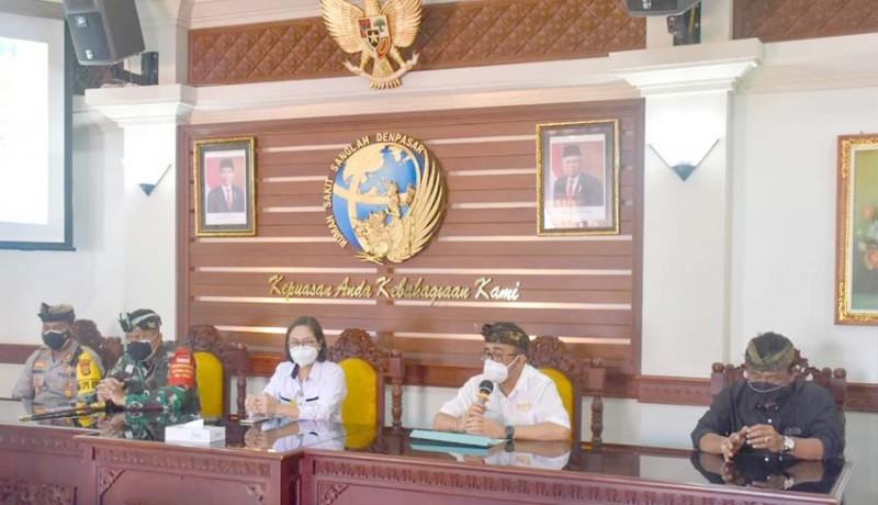 www.nusabali.com-walikota-jaya-negara-bersama-forkopimda-tinjau-rumah-sakit-rujukan-covid-19