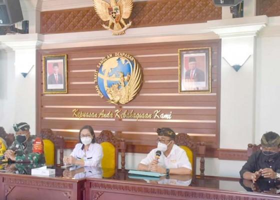 Nusabali.com - walikota-jaya-negara-bersama-forkopimda-tinjau-rumah-sakit-rujukan-covid-19