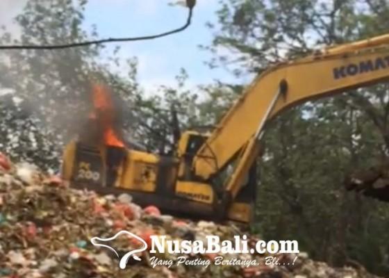 Nusabali.com - layanan-pengangkutan-sampah-ke-tpa-mandung-kembali-normal