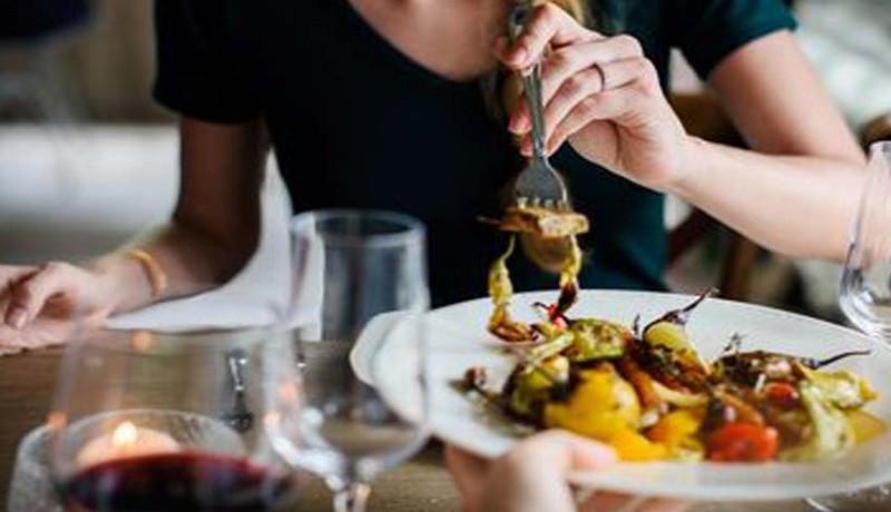 www.nusabali.com-kesehatan-kebiasaan-makan-tergantung-mood