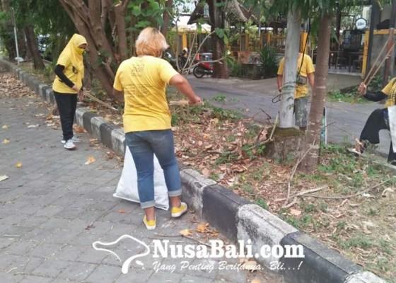 Nusabali.com - menyambut-hut-ke-7-trash-hero-indonesia-adakan-clean-up-serentak